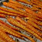 Geroosterde wortels met honing en sesamzaadjes