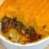 Ovenschotel met linzen, pittig gehakt en zoete aardappel