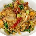 Quinoa met kip, spinazie en champignons