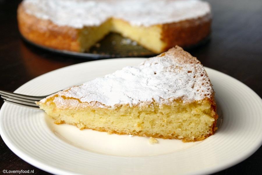 citroen yoghurt cake with Desserts on  together with 5x Ijs Recepten besides Gezonde Citroen Kwarktaart furthermore Tips Voor Een Perfecte Cake in addition Marokkaanse Kokos Cake.